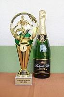 Pohár pro vítěze na turnaji 14. ročníku Memoriálu J. Vakoče